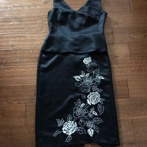 Ann Taylor 2piece Embroidered shirt and top